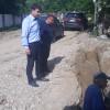 La Răstoaca au început lucrările pentru asfaltarea a 5,5 km de drumuri