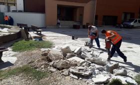 Piațeta de lângă Cinema Balada a intrat în reparații