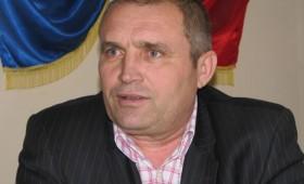 În dosarul retrocedărilor din Mera,   Primarul Sticlaru este decis să meargă până la Băsescu