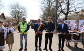 La Panciu și Străoane au început lucrările pentru extinderea sistemului de apă și canalizare