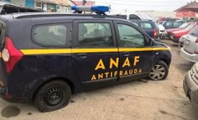 ANAF a descins la depozitul de flori și în piață
