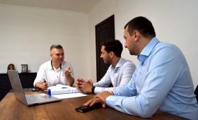 Primăria Municipiului Adjud a dat startul implementării primei infrastructuri digitale la nivel de administrație publică locală din județul Vrancea cu sprijinul partenerilor noștri de la ConectX!