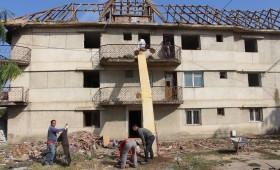 S-a început reabilitarea blocului Onasis