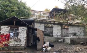 Fabrica de fapte bune – ajutor pentru construcția unei căsuțe la Burca