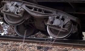 Tren deraiat la Cotesti, un barbat ranit grav