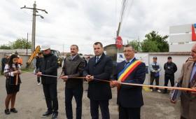 Astăzi au fost demarate lucrările de apă și canalizare în comuna Vânători – comunicat de presă