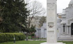 Omagiu la Monumentul Eroilor Regimentului 11 Artilerie din incinta Mausoleului Eroilor Focșani