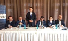 Siegfried Mureșan: Ministrul Teodorovici a apărat ieri interesele paradisurilor fiscale, în loc să apere interesele românilor. Astăzi își ascunde incompetența aruncând cu noroi
