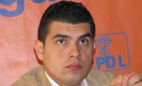 Tinerii democrat-liberali se școlesc la Focșani în ale administrației