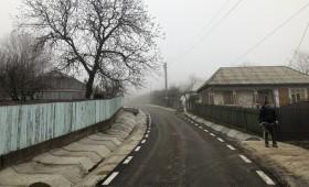Drumuri calamitate din Fitionești reabilitate cu bani de la Ministerul Dezvoltării