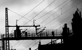 Hoţii pun în pericol circulaţia feroviară